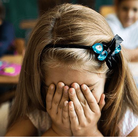 Wcześniejszy obowiązek szkolny – zamach namózg małego dziecka