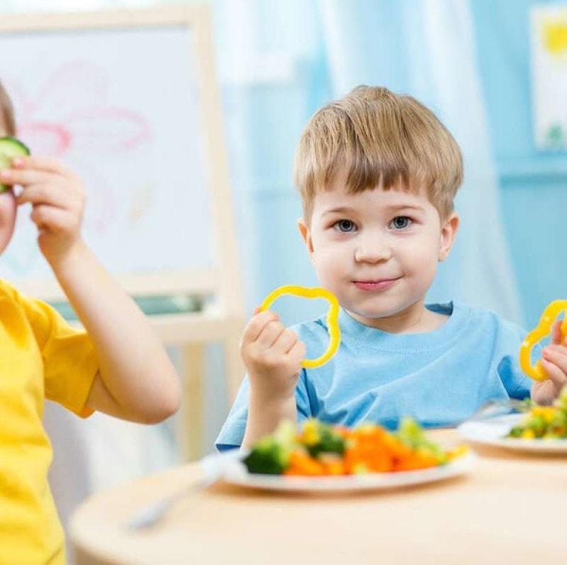 14 sposobów, aby nauczyć dziecko jeść warzywa