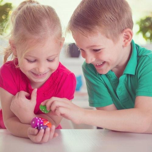 Jak uczyć dzieci matematyki – logicznie czyholistycznie?