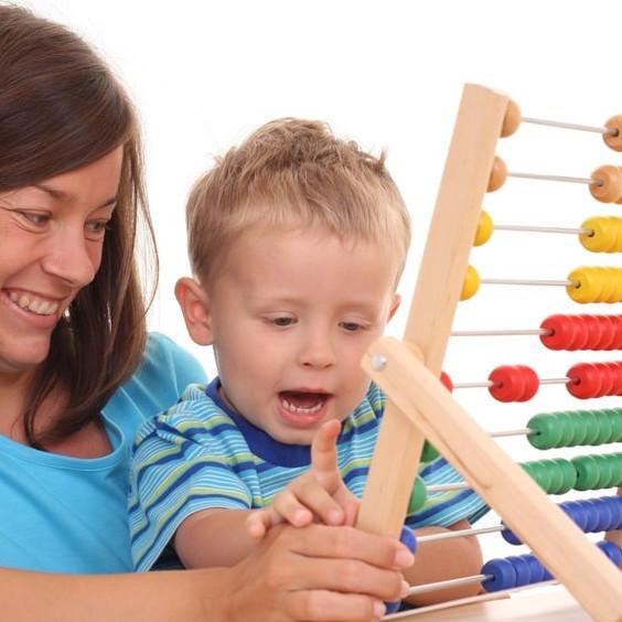 Matematyka dla dzieci: Jak nauczyć dziecko liczyć?