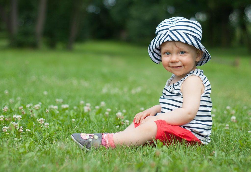 rozwój dziecka  rocznego 12-18 miesięcy chłopiec 14-miesięcy
