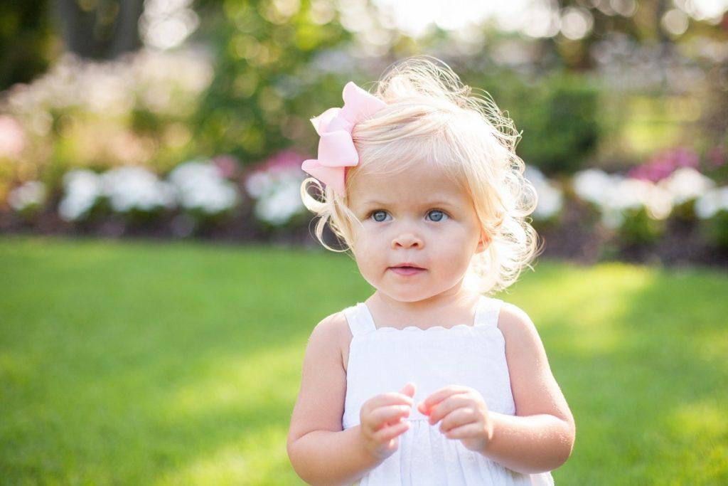 rozwój dziecka 12-18 miesięcy wzrok słuch mowa dotyk motoryka