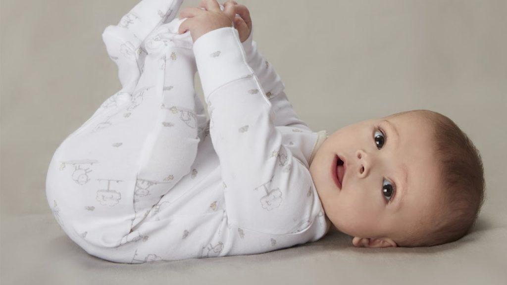 rozwój dziecka od3 do7 miesiąca