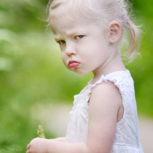 Bunt rocznego dziecka i2-3 latka. Przegląd metod