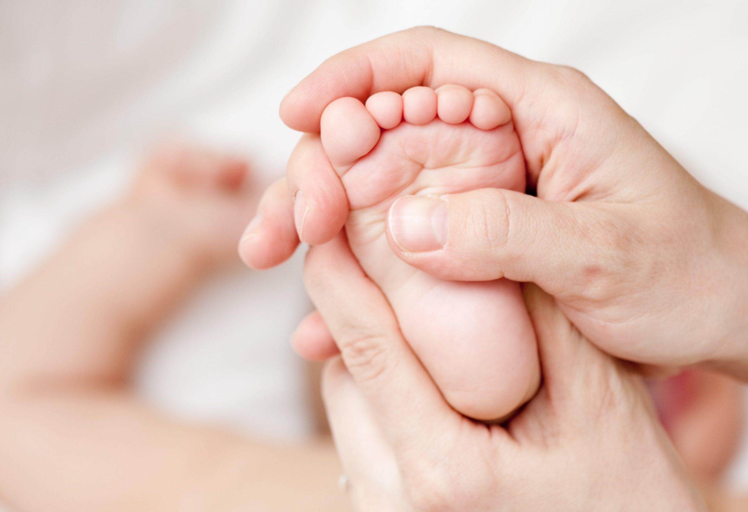 Refleksologia UDzieci Masaż Stóp Dziecka